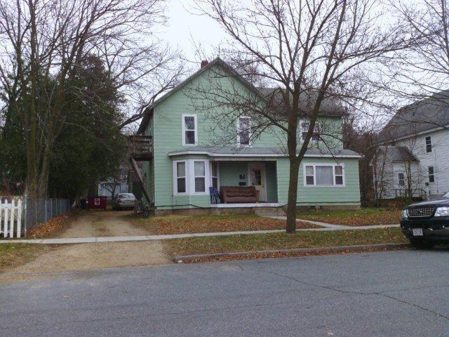814 10th Street E Property Photo