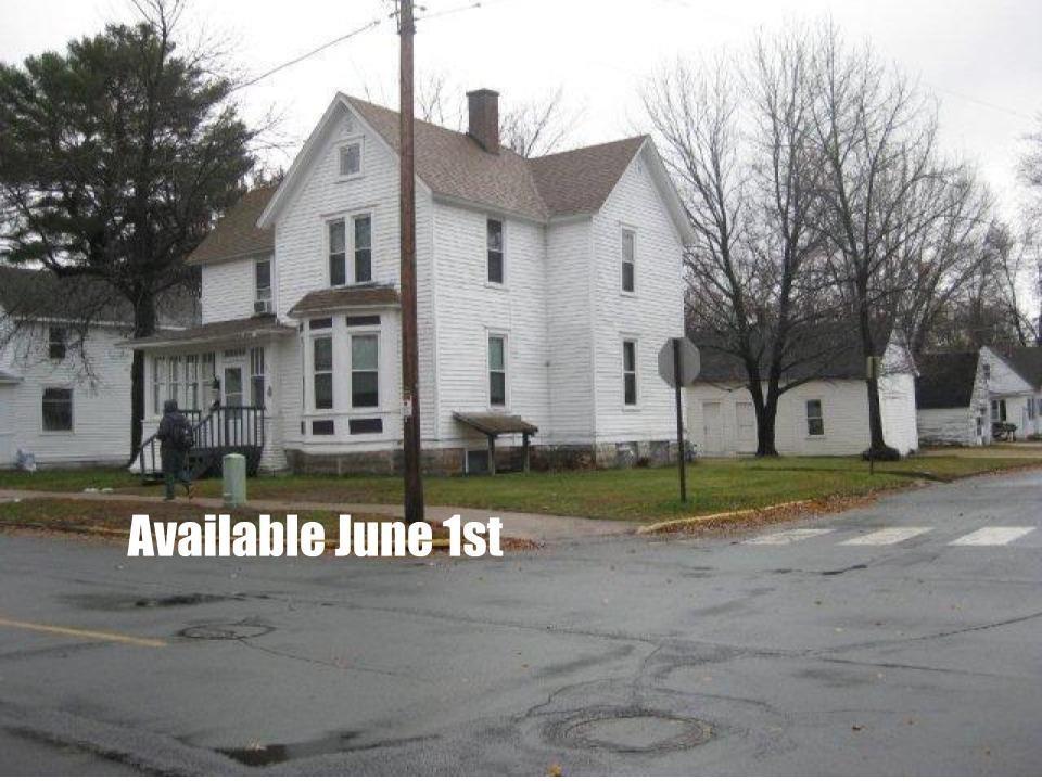 320 13th Avenue W Property Photo