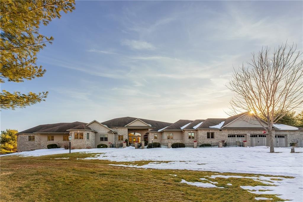 9415 Steinke Road Property Photo 1