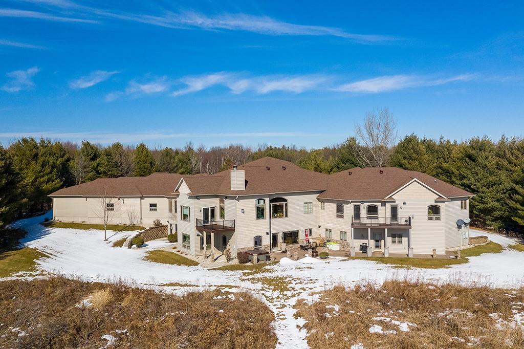 9415 Steinke Road Property Photo 2