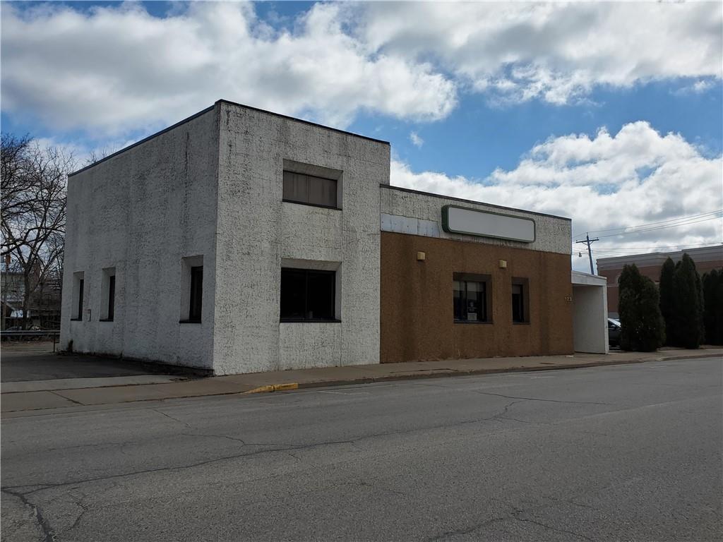 123 N Court Street Property Photo 1