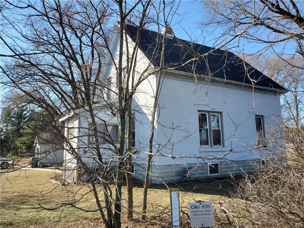 W9942 Hwy 54 Property Photo 1
