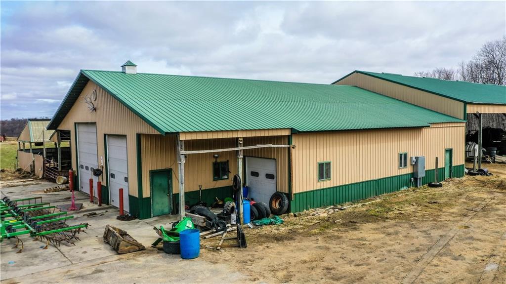 3208 S Steine Road Property Photo 11