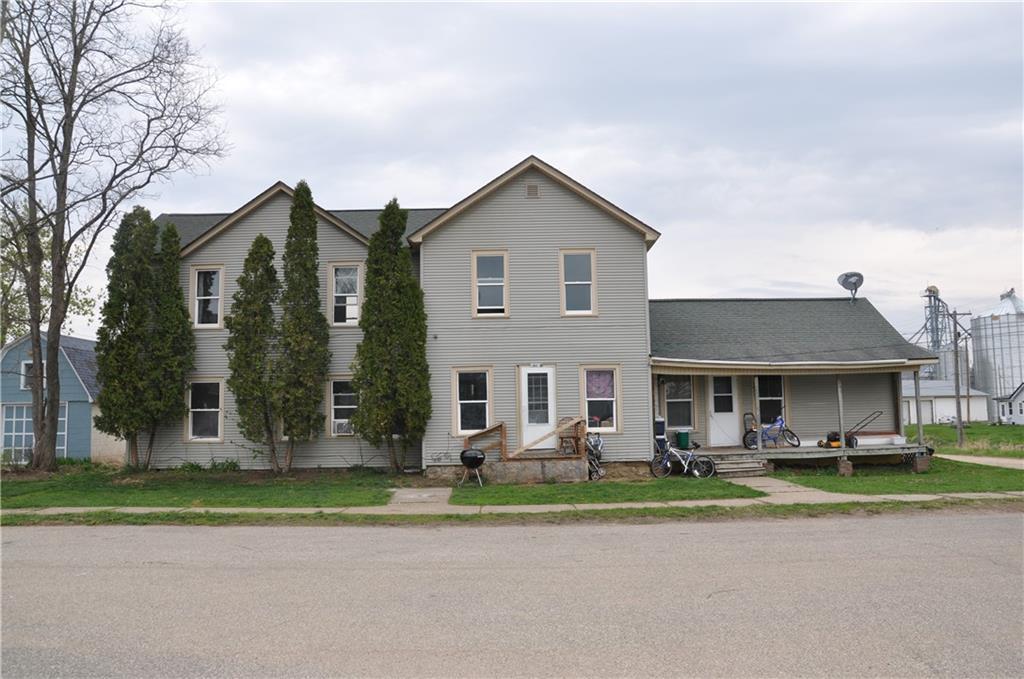 18412 Dodge Street 3 Property Photo 1