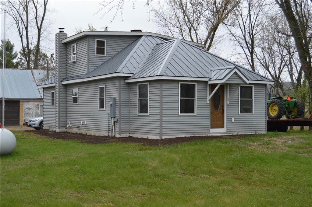 W13926 County Road C Property Photo 1