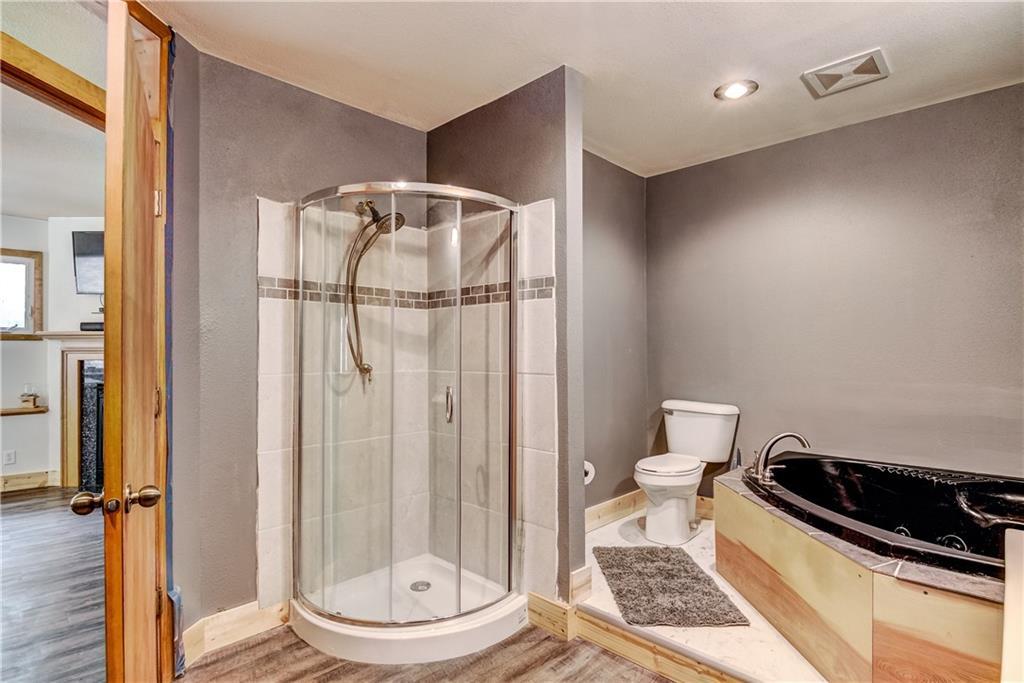 E2512 570th Avenue Property Photo 11