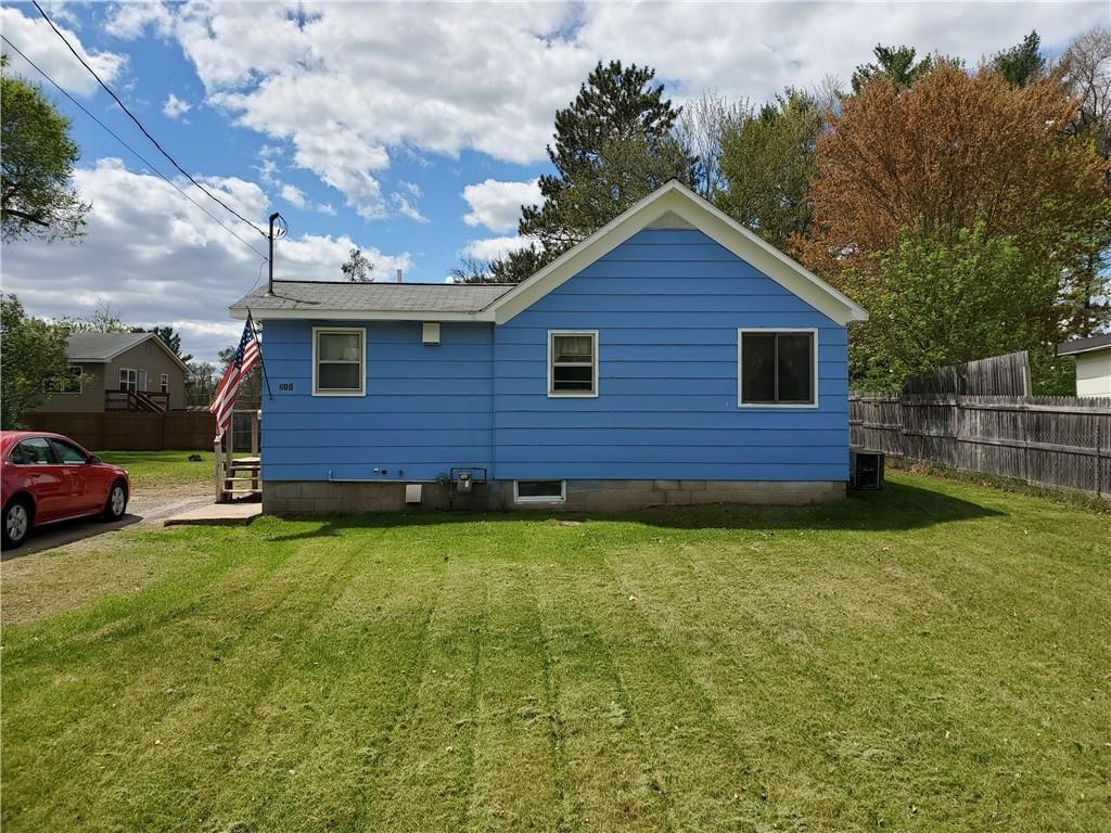 211 River Drive Property Photo 1
