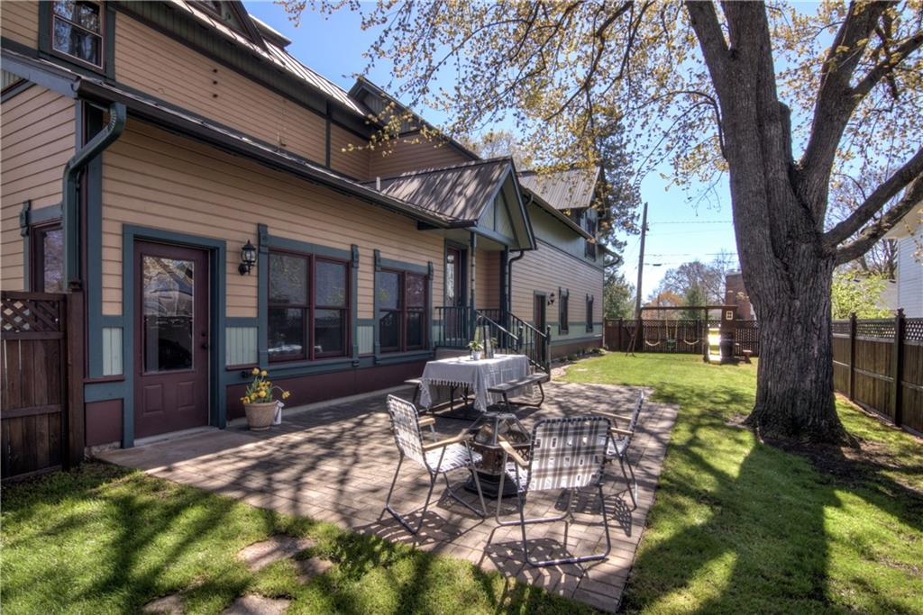 522 Superior Street Property Photo 36