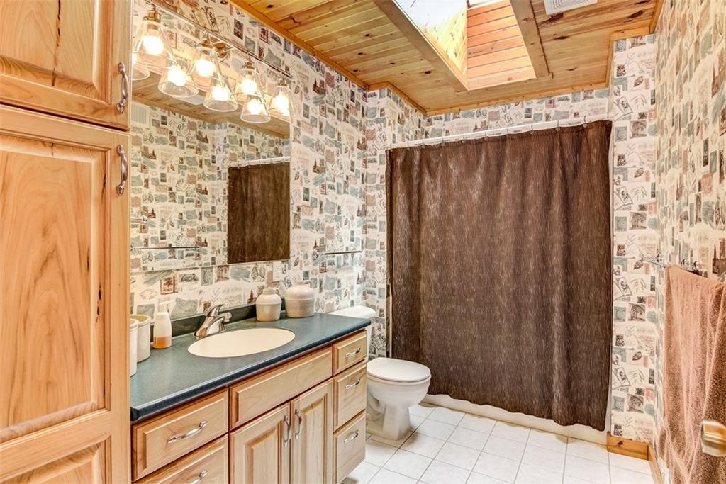 6756 County Highway Bc Property Photo 20