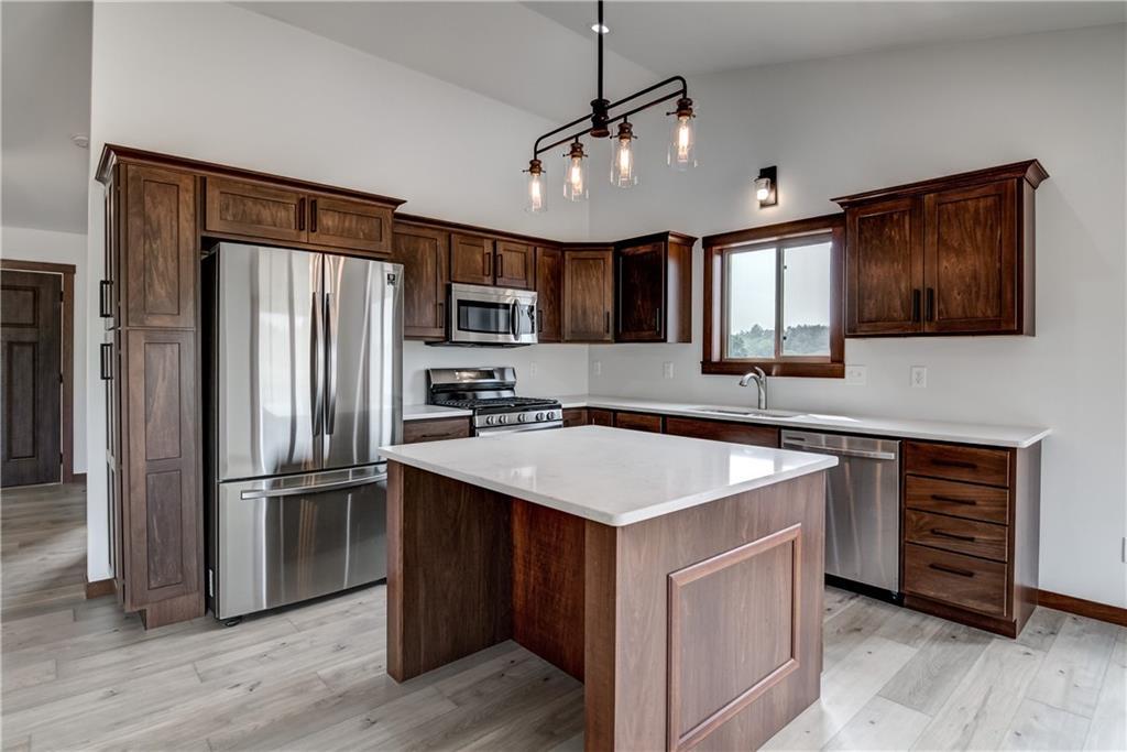 10656 34 Th Avenue N Property Photo 6