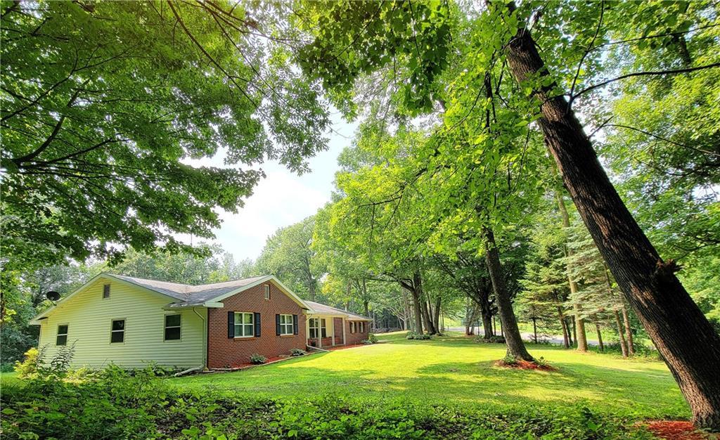 E3842 County Road D Property Photo 2