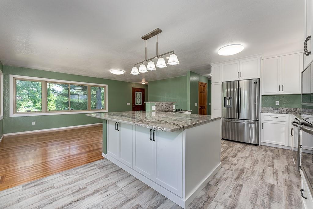 5395 195th Street Property Photo 9