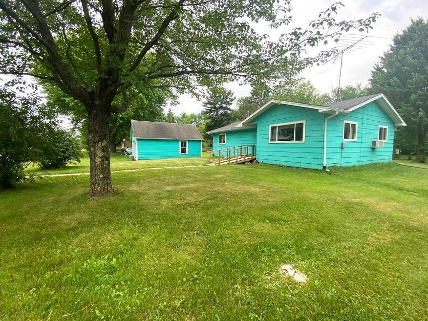 3665 N Martin Street Property Photo