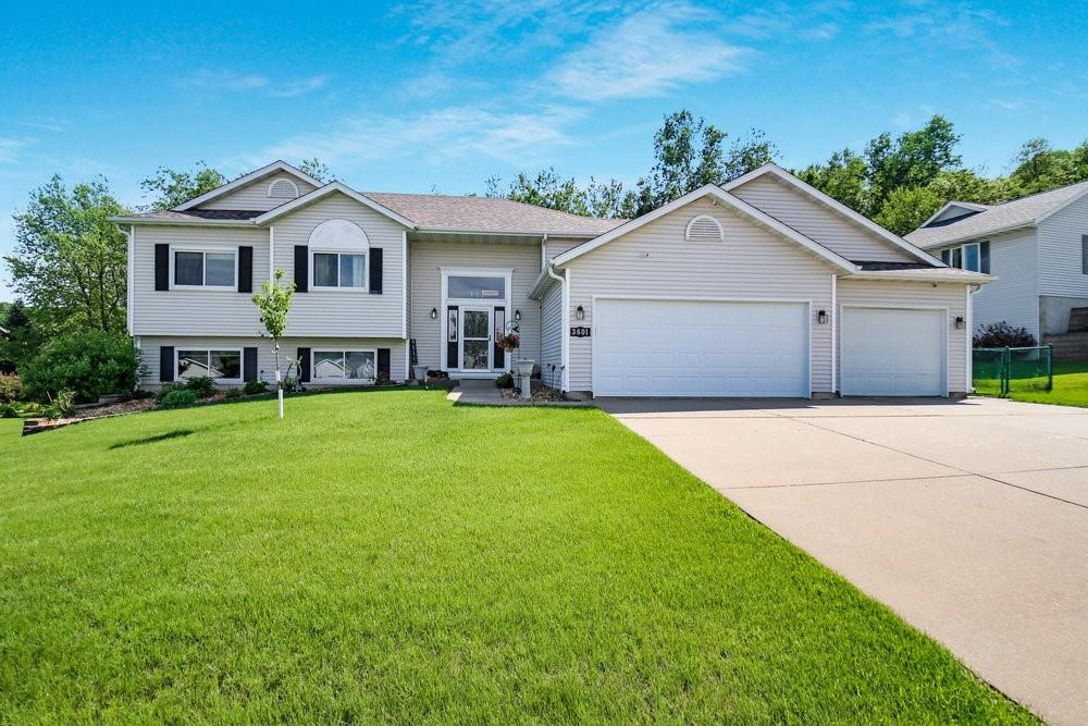Oakwood Hills 4th Add Real Estate Listings Main Image