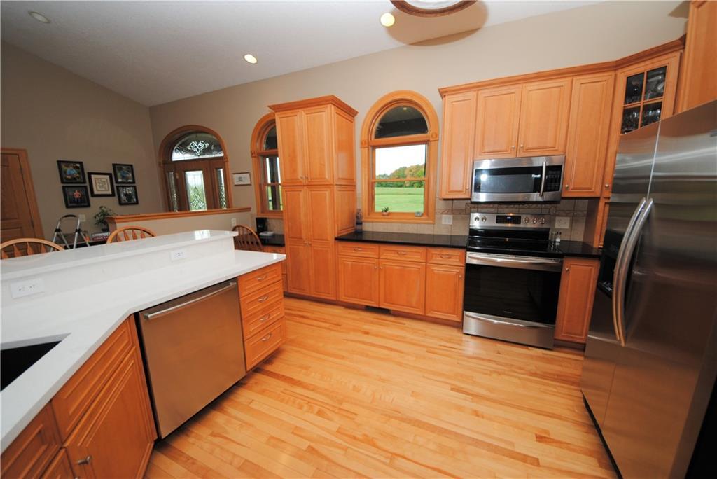 E2103 530th Avenue Property Photo 7