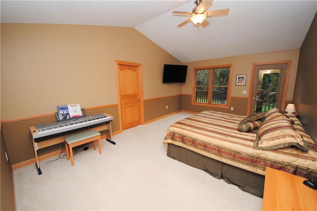 E2103 530th Avenue Property Photo 13