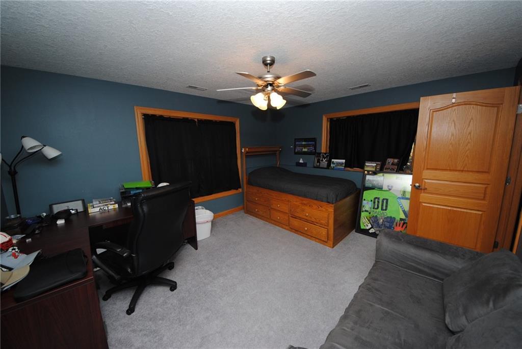 E2103 530th Avenue Property Photo 19