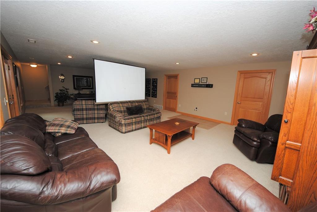 E2103 530th Avenue Property Photo 21