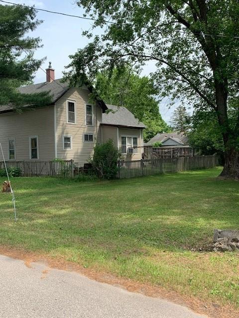 306 W Charles Street Property Photo 2