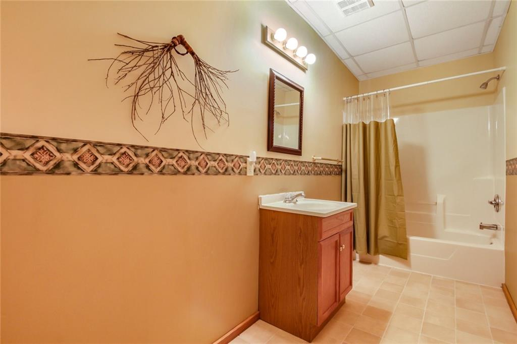 6841 W Golf Course Road Property Photo 16