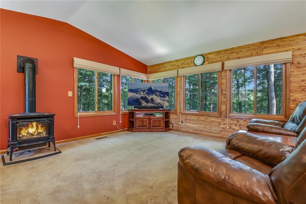15496 221st Avenue Property Photo 5