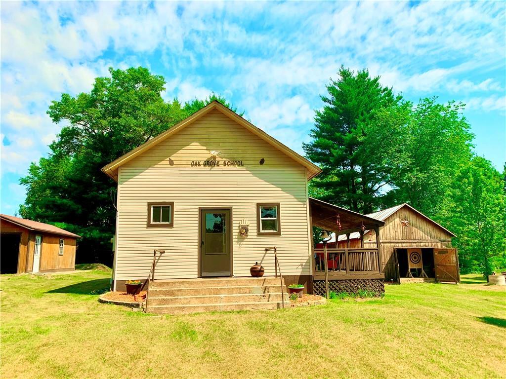 W11598 Oak Grove Road Property Photo 1