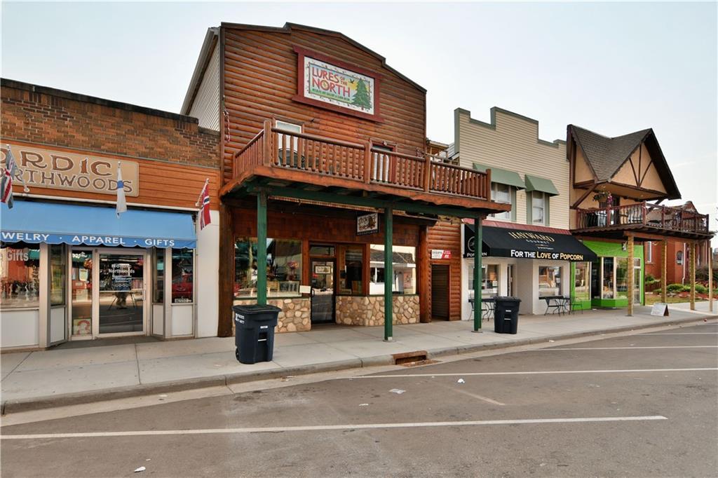 10548 Main Street Property Photo