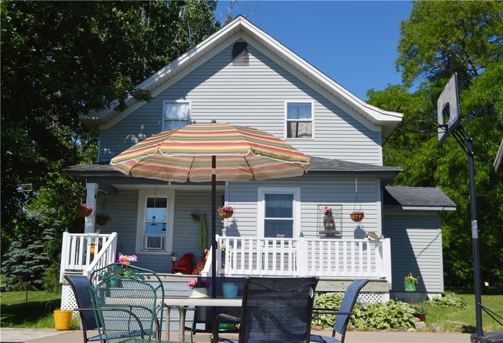 2889 19 1/2 Street Property Photo 1