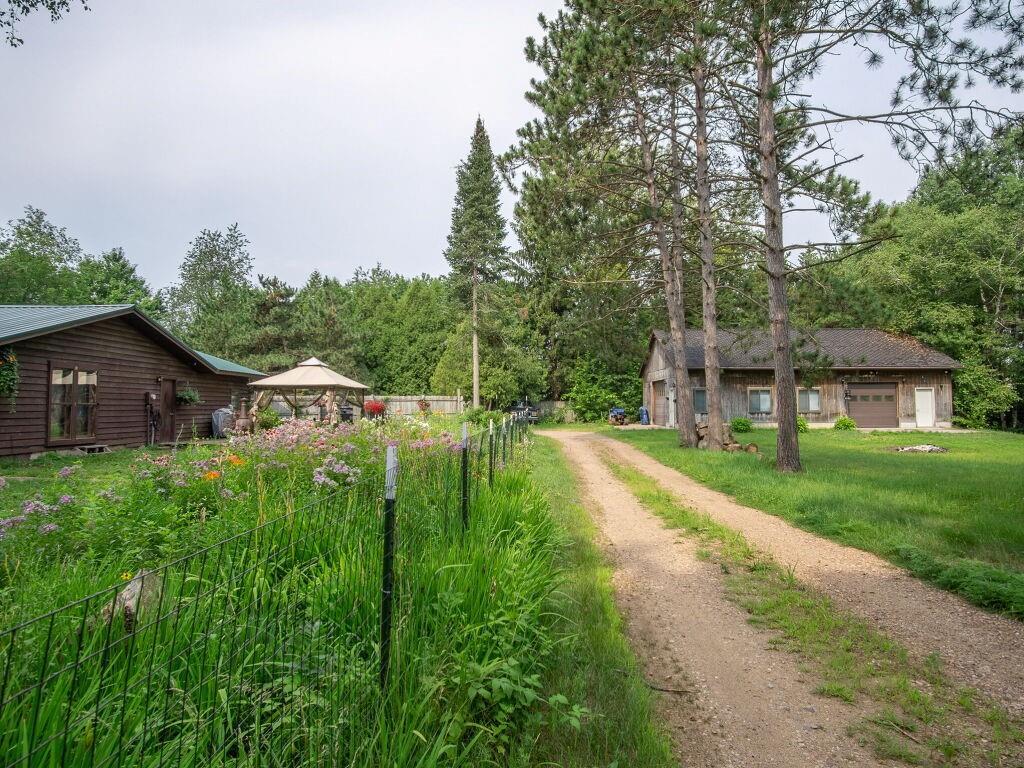 7746 County Highway K Property Photo 9