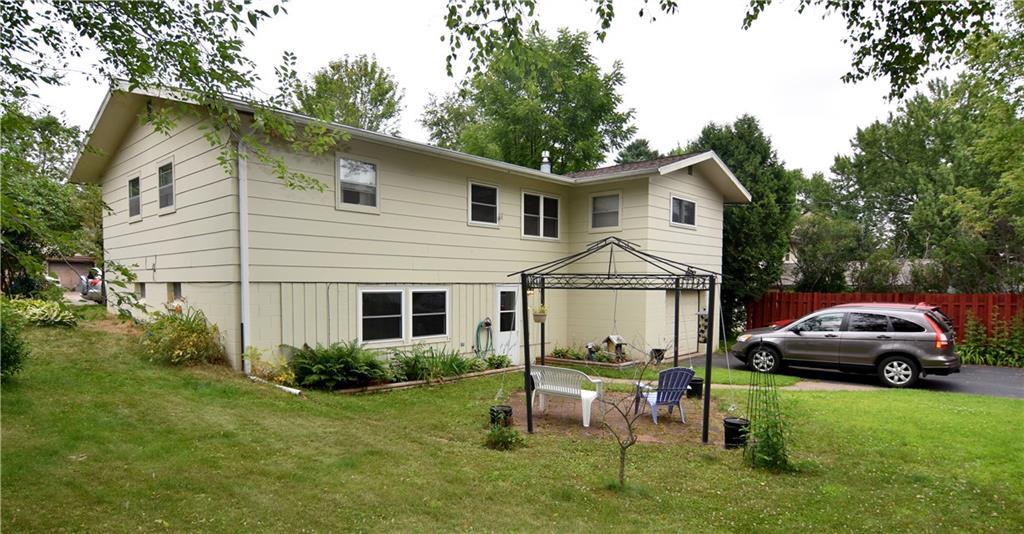 915 Rose Avenue Property Photo 1