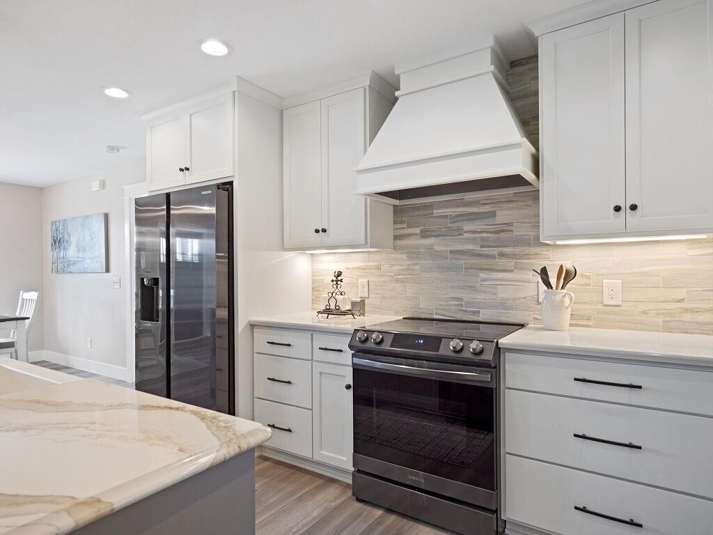 9423 24th Avenue S Property Photo 9