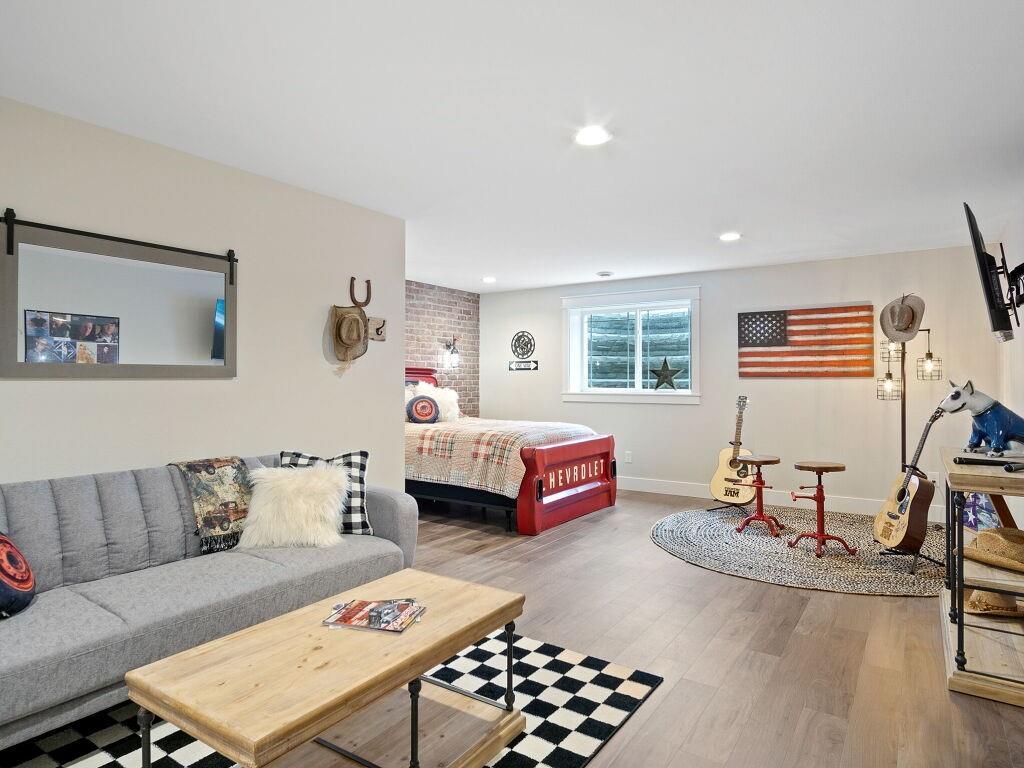 9423 24th Avenue S Property Photo 29