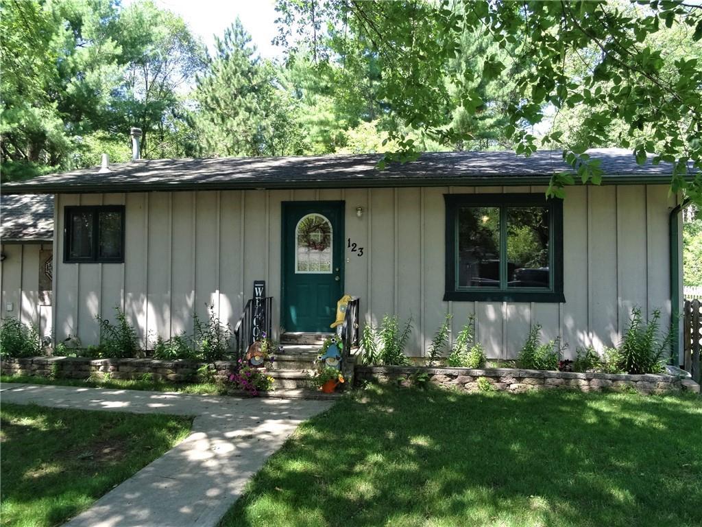 123 E 6th Street Property Photo 1