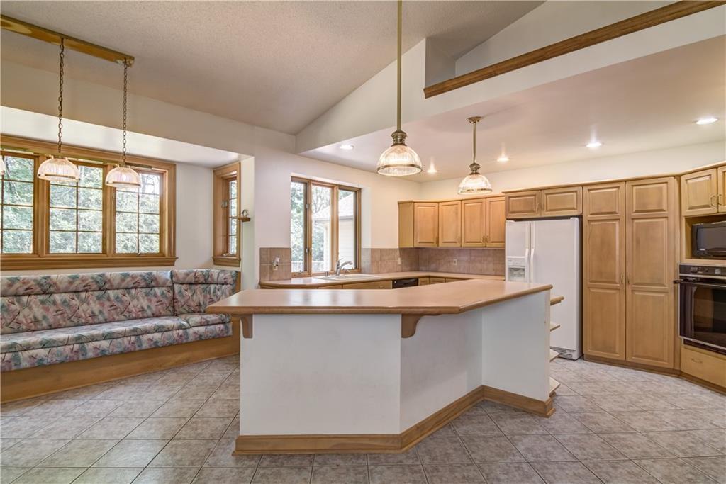 18750 64th Avenue Property Photo 10