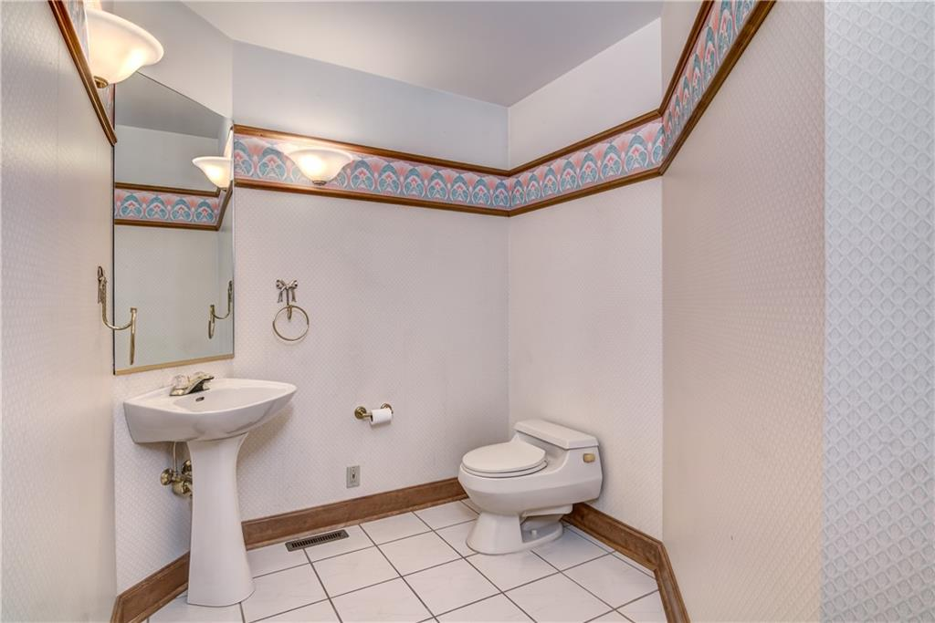 18750 64th Avenue Property Photo 29