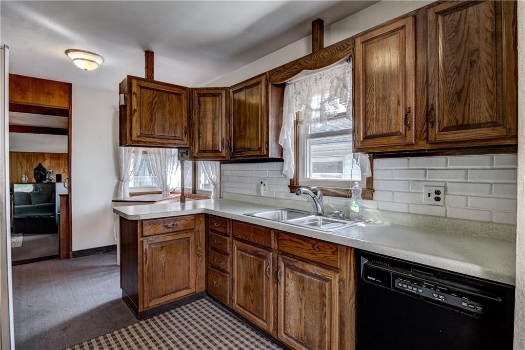 3403 Valmont Avenue Property Photo 3