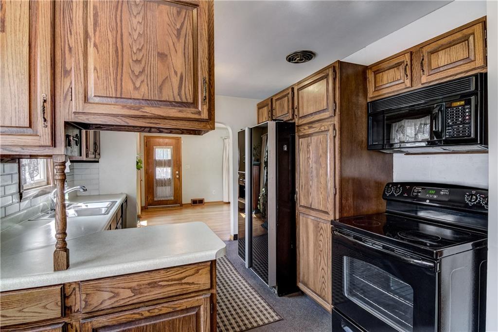 3403 Valmont Avenue Property Photo 4
