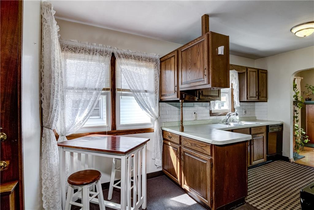 3403 Valmont Avenue Property Photo 5