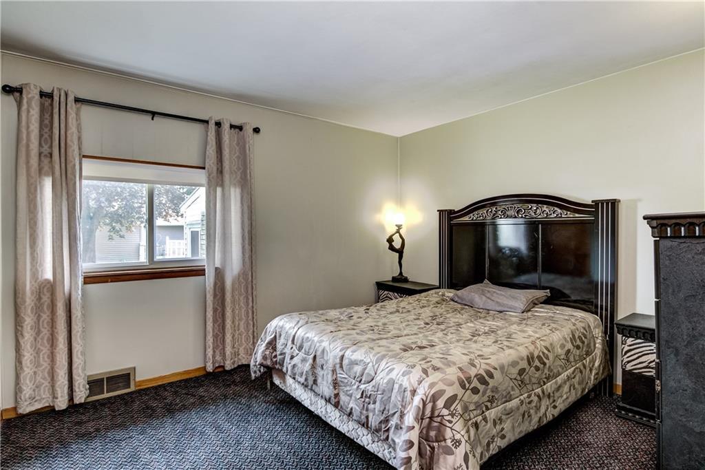 3403 Valmont Avenue Property Photo 14