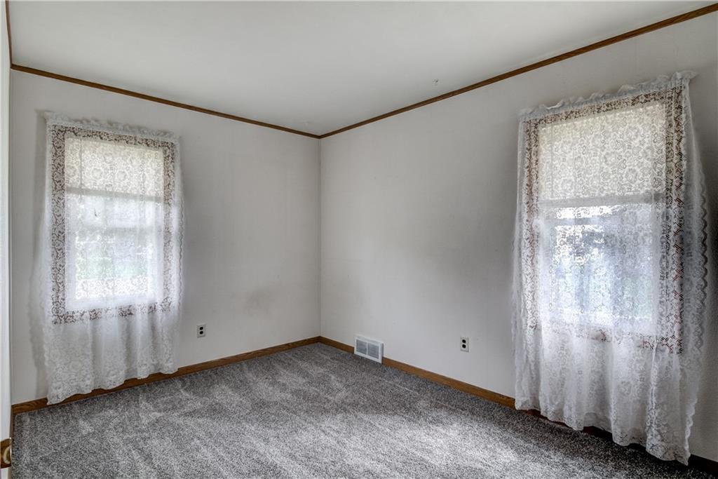3403 Valmont Avenue Property Photo 15