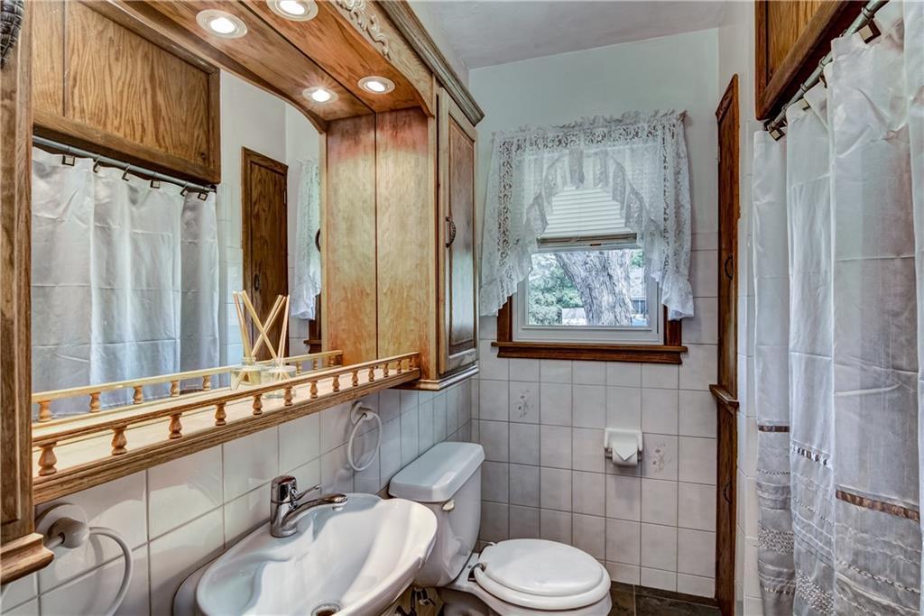 3403 Valmont Avenue Property Photo 16