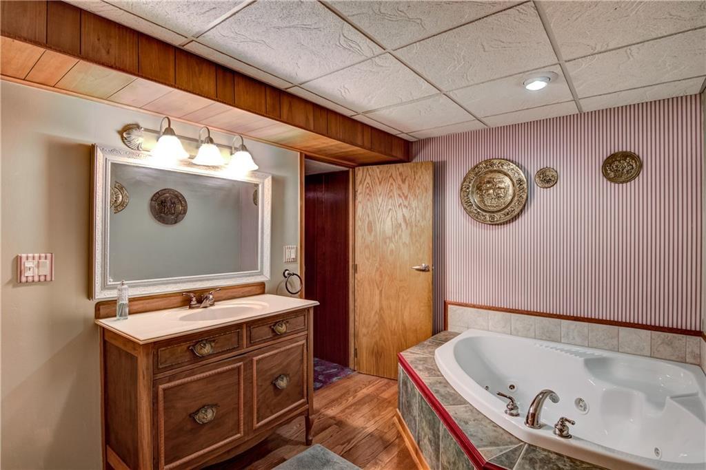 3403 Valmont Avenue Property Photo 23