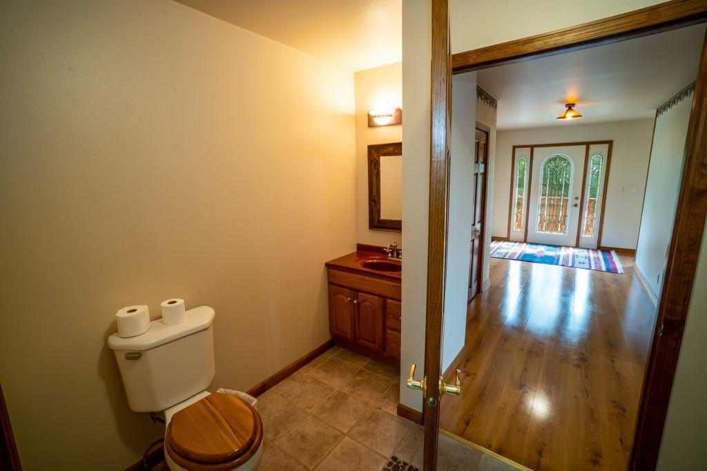 2555 Woodhaven Road Property Photo 8