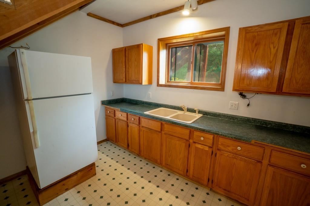 2555 Woodhaven Road Property Photo 17