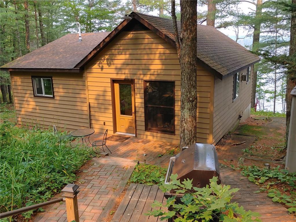 45725 Tahkodah Lake Road Property Photo