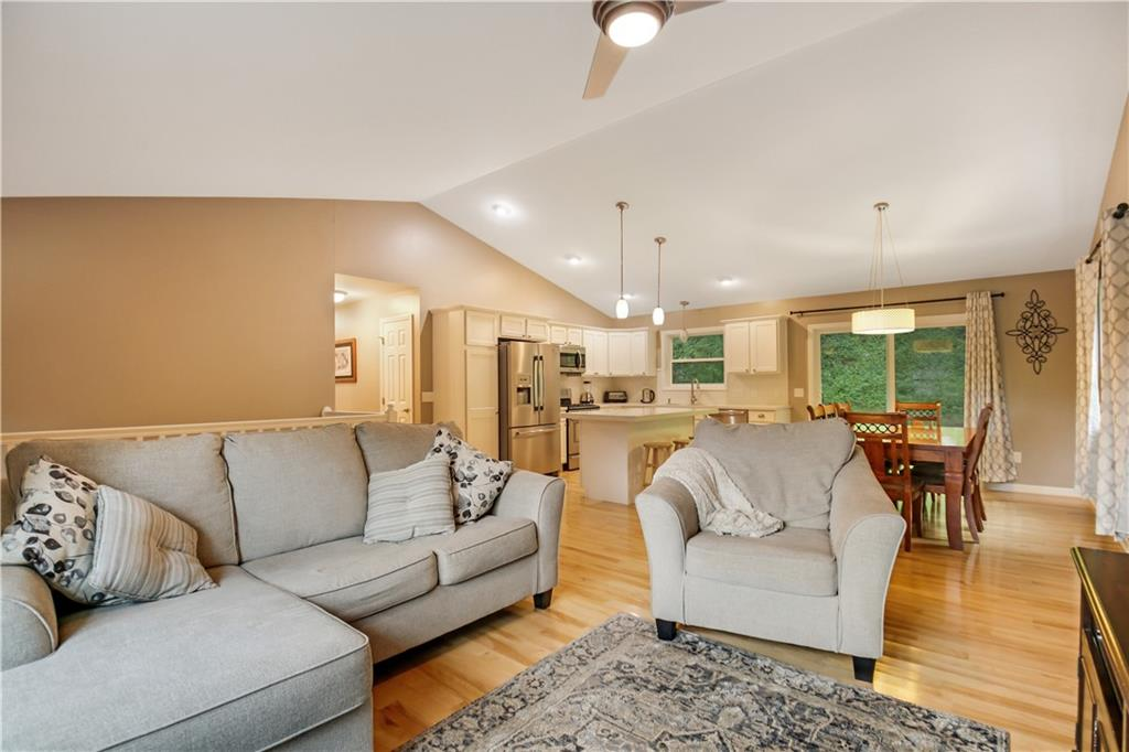 520 Otter Creek Place Property Photo 3