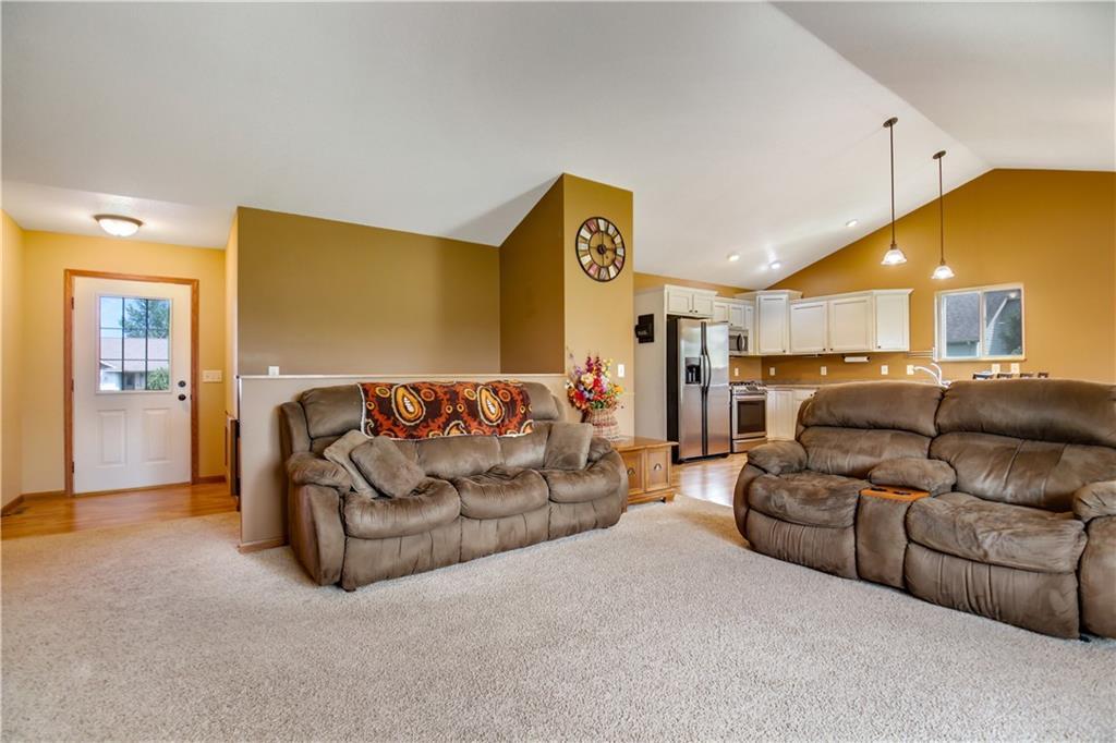 4168 135th Street Property Photo 3