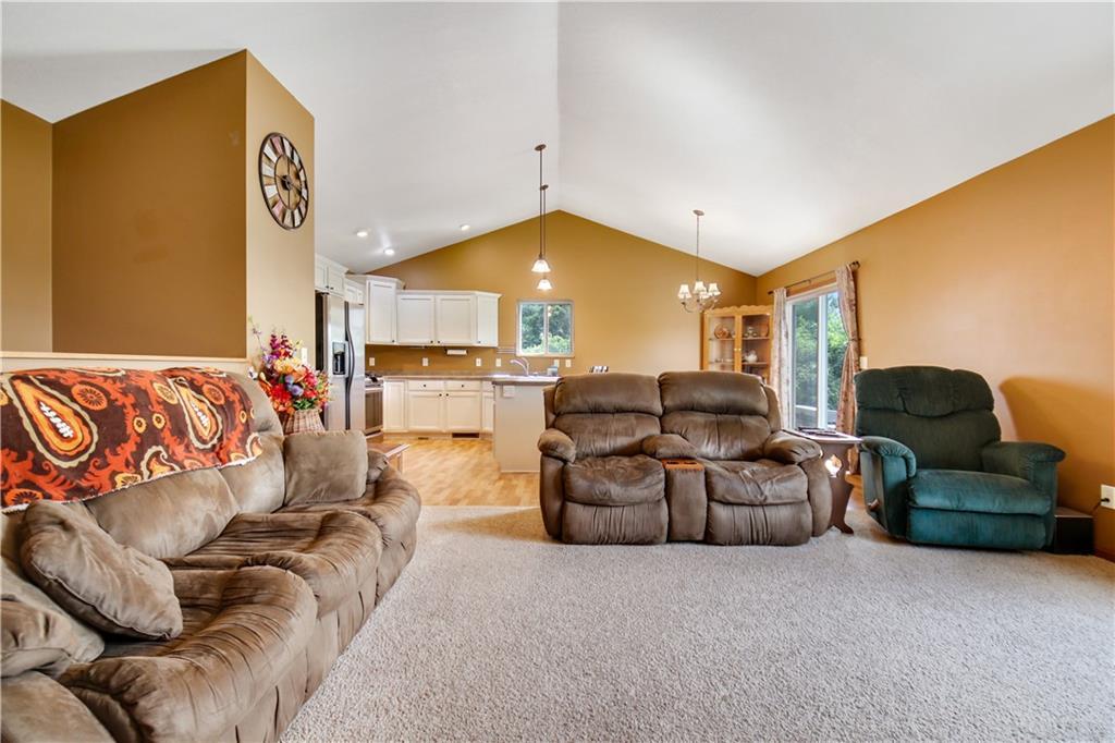 4168 135th Street Property Photo 6