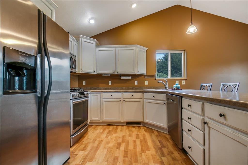4168 135th Street Property Photo 7