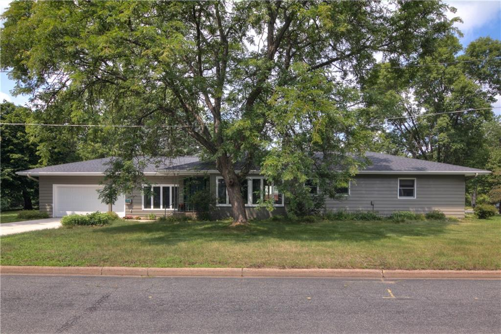 1021 N Shore Drive Property Photo 1